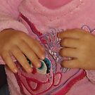Little Mey Mey's Hands ! by MardiGCalero