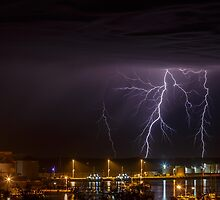 Lightning Over Bunbury Harbour by robcaddy