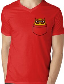 Pocket owl is highly suspicious Mens V-Neck T-Shirt