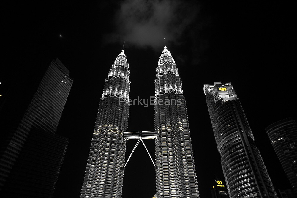 Patronas Towers by PerkyBeans