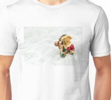 Christmas Vintage Teddy Bear in Snow Unisex T-Shirt