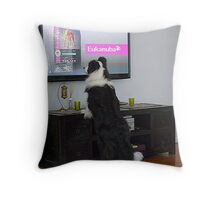 Clever dog  'Ollie'.........................! Throw Pillow