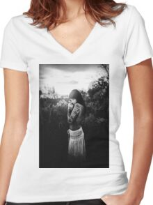 Nude Women Sexy - Sensual - Tattoo Women's Fitted V-Neck T-Shirt