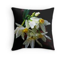 Weeping Narcissus Throw Pillow