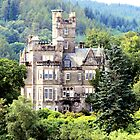 Grand house on Loch Lomond by joshuatree2