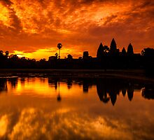 Angkor Wat Sunrise by hangingpixels