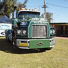 Mack ValueLiner 2MACK2 - Golden Oldies Truck Show by Joe Hupp