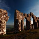Fyrish Monument by Maria Gaellman