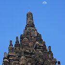 Hindu temple Prambanan by BengLim