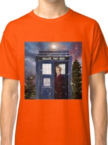 Christmas style 12th Doctor and TARDIS Classic T-Shirt