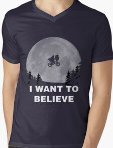 I Want To Believe In E.T. Mens V-Neck T-Shirt