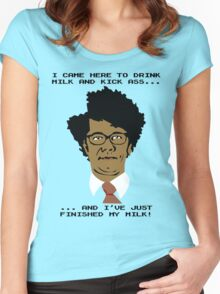 Moss Finishes His Milk... Women's Fitted Scoop T-Shirt