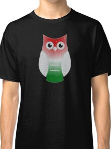 Green and Red Snow Owl Classic T-Shirt