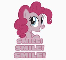 Pinkie Pie - Smile! Smile! Smile! (My Little Pony: Friendship is Magic) Kids Tee