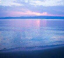 Morning sea-mirror by JuliaRokicka