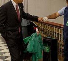 Obama et l'éboueur. Sticker