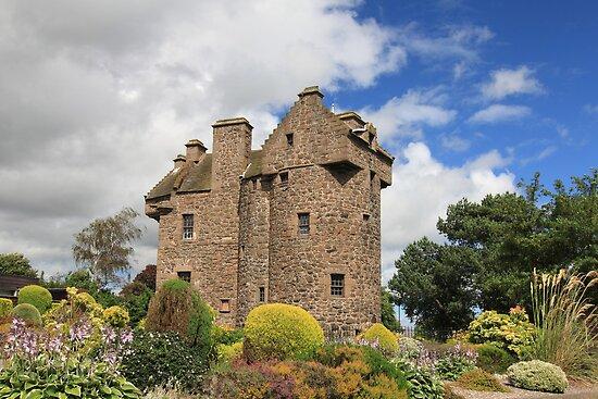 Claypotts Castle by Maria Gaellman
