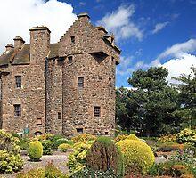 Claypotts Castle by Grant Glendinning