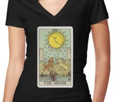 Tarot - The Moon Women's Fitted V-Neck T-Shirt