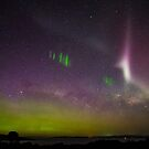 Aurora Australis, Picket Fence and Proton Arc by Odille Esmonde-Morgan
