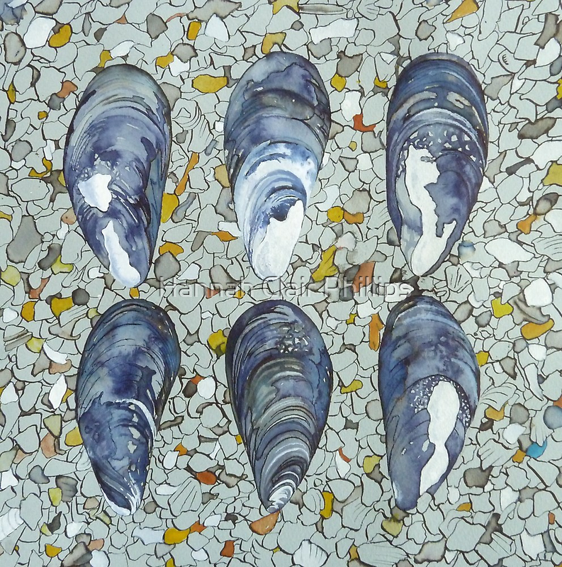 prismatic pigmented mussels by Hannah Clair Phillips