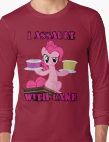 Pinkie Pie assaults with cake (My Little Pony: Friendship is Magic) Long Sleeve T-Shirt