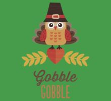 Thanksgiving Owl in Turkey Costume and Pilgrim Hat Kids Tee