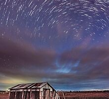 Shed & Star Trail by Martin Canning