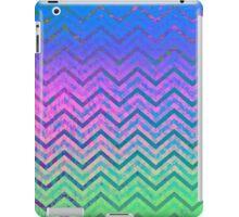 Zig Zag Chevron Pattern iPad Case/Skin