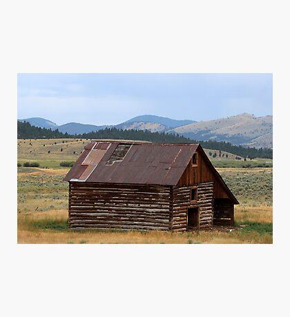 Log Barn Photographic Print