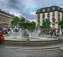 Paris Fountain by Dennis Granzow