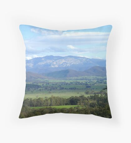 The King Valley Throw Pillow