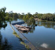 The Weir, Ross River, Townsville,  East Coast. Queensland by Rita Blom