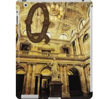 Grungy Melbourne Australia Alphabet Letter Q Queen Victoria iPad Case/Skin