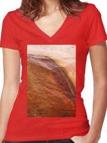 Redrocks Women's Fitted V-Neck T-Shirt