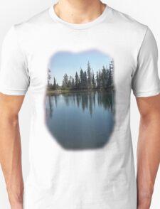 A lake near Lassen with nice reflections Tee shirt Unisex T-Shirt
