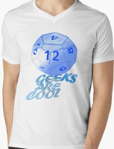 geeks are cool  Mens V-Neck T-Shirt