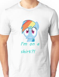 Rainbow Dash on a shirt??? Unisex T-Shirt