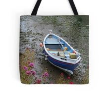 Posing seagull, Staithes Tote Bag