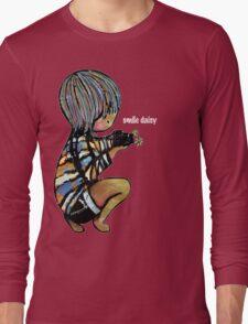 Smile Daisy Photographer Long Sleeve T-Shirt