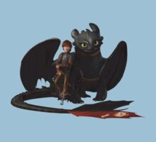 hi cup and toothless One Piece - Short Sleeve