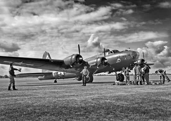 B17 WW2 Bomber by mooneyes