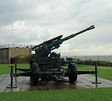 An WW2 anti-aircraft gun at Dover Castle in England by ashishagarwal74