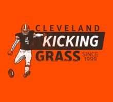 Kicking Grass by WeBleedOhio