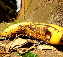 banana found murdered by kenkrash