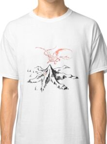 Smaug and the mountain Classic T-Shirt