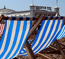 The Blue & White Stripes of Brighton by mikebov