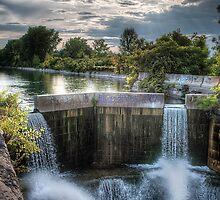 Canal falls by Sylvain Dumas