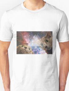 I SEE EVRYTHING. T-Shirt