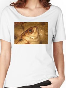 FISH PORTRAIT Women's Relaxed Fit T-Shirt